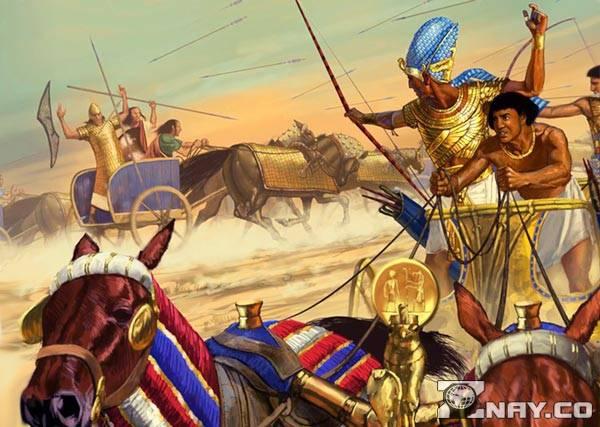 Войска фараона атакуют