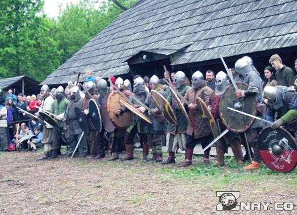 Современные славяне и их предки