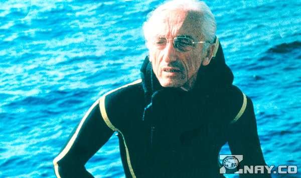 Жак кусто исследует дно океана