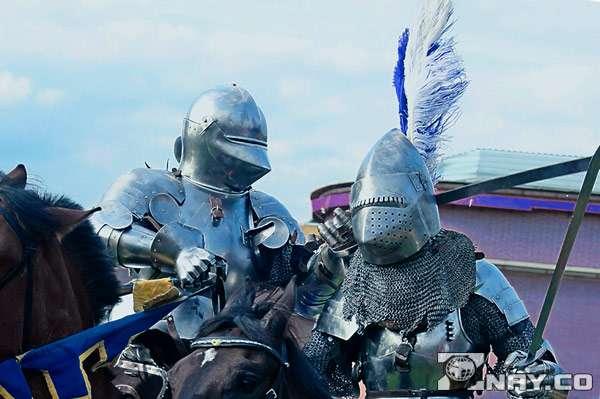Рыцари сражаются за честь