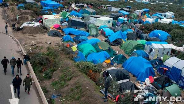 Палаточный лагерь беженцев