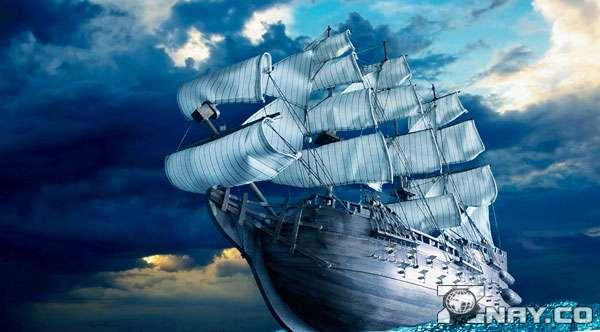 Корабль на открытой воде