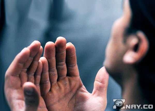 Мусульманин замаливает случайный грех