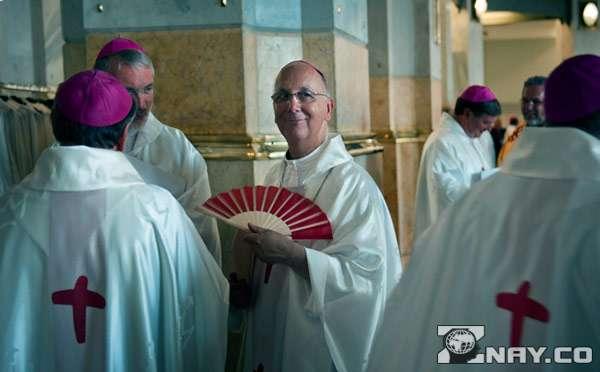 Католики в храме