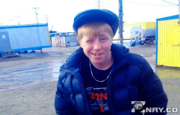 Российский паренек - хам