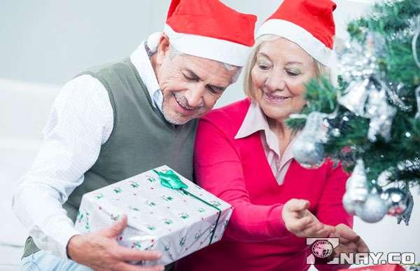 Новогодние подарки родителям мужа