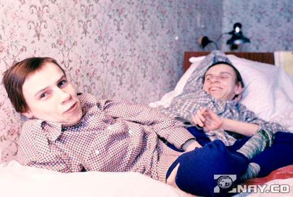 Даша и Маша - сиамские близнецы во времена СССР