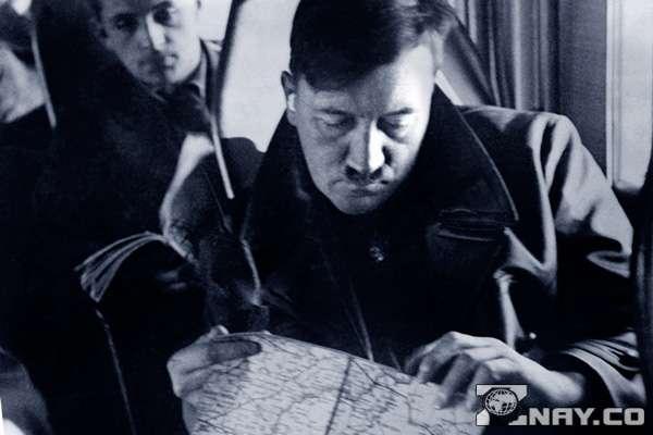 Гитлер планирует нападение