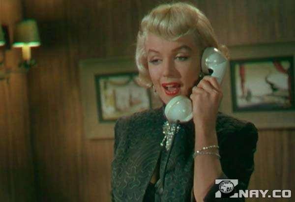 Кадр из «Джентльмены предпочитают блондинок» - Мерлин Монро
