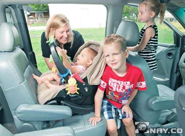 Дети в машине хотят есть