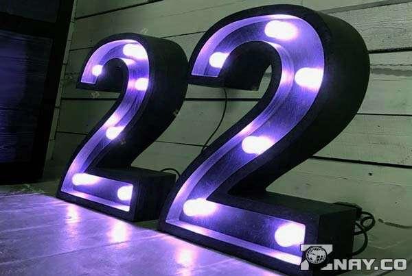 22 с лампочками