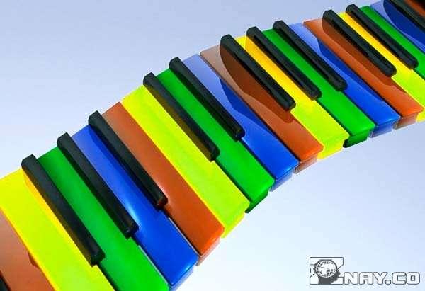 Разные оттенки клавиш