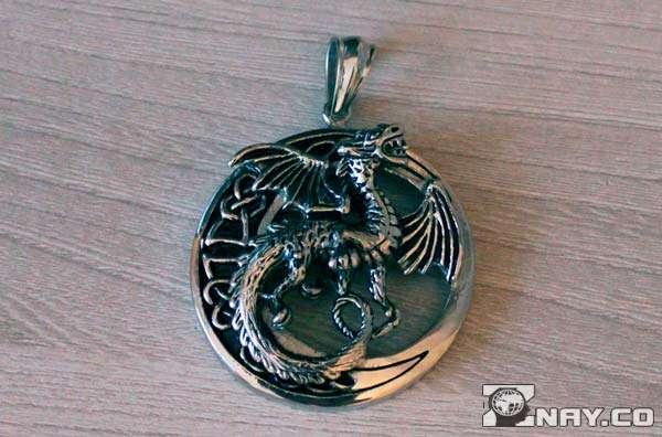 Медальон из меди
