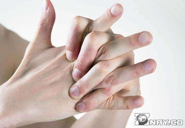 Подвижные суставы на руках