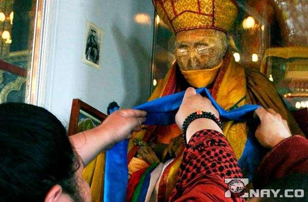 Нетленное тело Хамбо-ламы Итигэлова