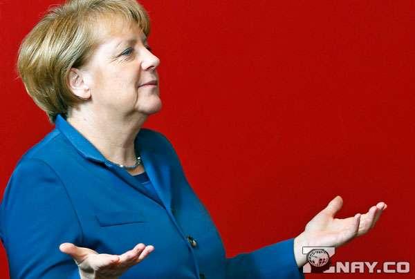 Лидер Германии разводит руками
