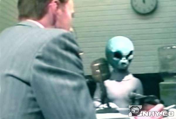 Допрос инопланетянина на базе